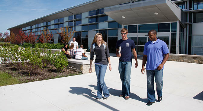 Students at Delaware Campus